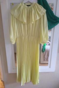 Nowa plisowana sukienka...