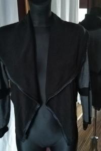 Szaro czarna krótka narzutka z zamkami zamki zipy asymetryczna...