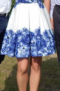 Rozkloszowana sukienka wesele 34...
