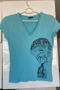 Levis koszulka tshirt nadruk print rozmiar S uzywanagdzieniegdzie plamki