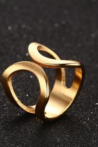 Nowy pierścionek stal szlachetna złoty kolor modernistyczny prosty