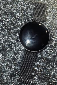 Zegarek podświetlany LED na regulowanej bransoletce