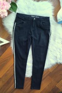 Czarne Jeansy z lampasami Skinny Rurki rozmiar XL 42 XXL 44