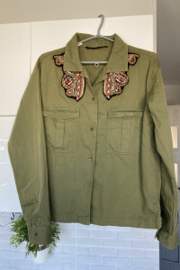 Zara zielona koszula khaki pagony zdobienia...