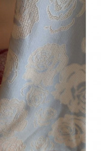 Sukienka midi błękitna niebieska w róże roz 34 XS z halką nowa...