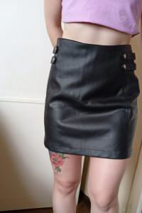 Skórzana spodnica...