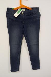 Spodnie dżinsowe Benetton...