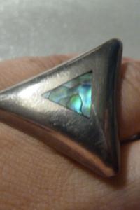 pierścionek srebrny z muszlą abalone