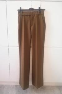 Brązowe spodnie Zara z wysokim stanem szerokie nogawki...