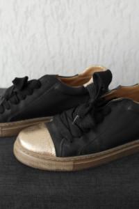 Ewa Minge buty damskie czarne złote 37
