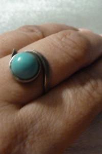 pierścionek srebrny z turkusem