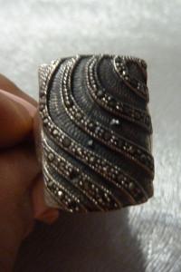 pierścionek srebro z markazytami