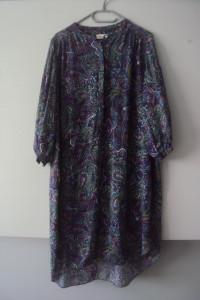 jesienna sukienka we wzorki...