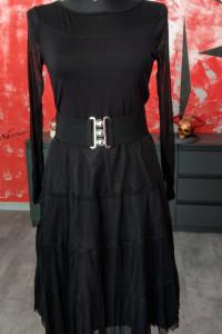 Rozkloszowana sukienka z tiulem