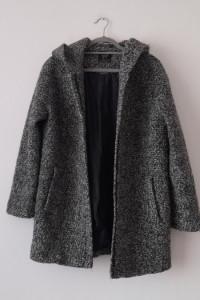 Szary wełniany krótki płaszcz 40...