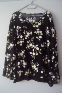 elegancka bluzka w kwiatuszki