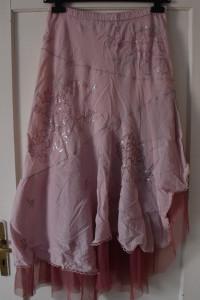 Nowa elegancka letnia asymetryczna różowa spódnica maxi wyszywane kwiaty cekiny tiul rozmiar M L