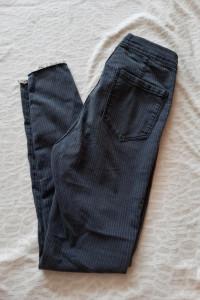 Bershka spodnie high waist...