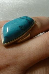 pierścionek srebrny z oczkiem niebieskim