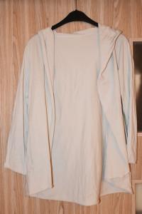 Kremowa bawełniana narzutka bluza z kapturem rozmiar M...