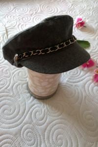czapka z łańcuszkiem S M