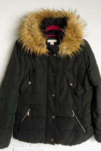 Zimowa kurtka firmy H&M...