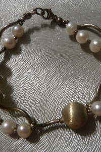 bransoletka srebro i perły...