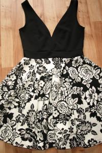 Sukienka rozm S M