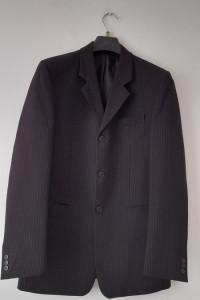 Czarny trzyczęściowy garnitur męski w paski L XL