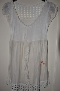 Lekka letnia przewiewna biała bluzka z pomarańczowymi czerwonym...