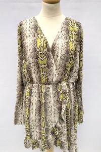 Sukienka Boohoo 50 5XL Skóra Węża Wzór Kopertowa