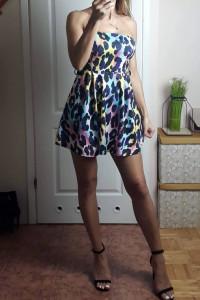 Sukienka w kolorową panterkę S lub M...