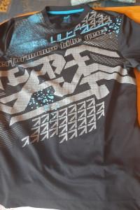 Czarna koszulka sportowa Crivit rozmiar na koszulce M