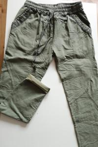 Spodnie elastyczne khaki...