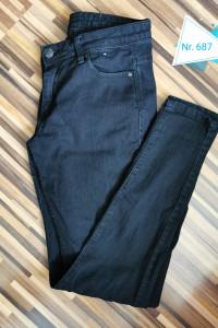 Spodnie dżinsy czarne roz 36...