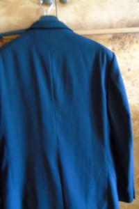 Modny garnitur marki Romel Collection