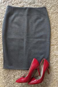 nowa szara elegancka spódnica s