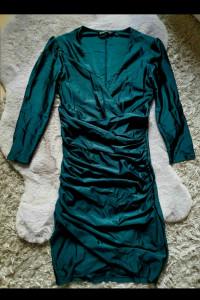 Butelkowa zieleń sukienka Stradivarius
