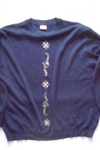 ciemnogranatowa bluzka z dzianiny