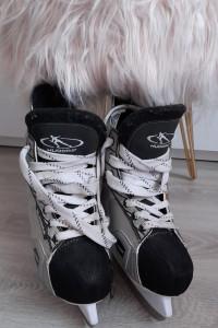 Hudora Czarno białe łyżwy hokejowe 39 unisex