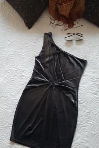 welurowa sukienka S