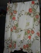 Spódnica biała z kwiatami