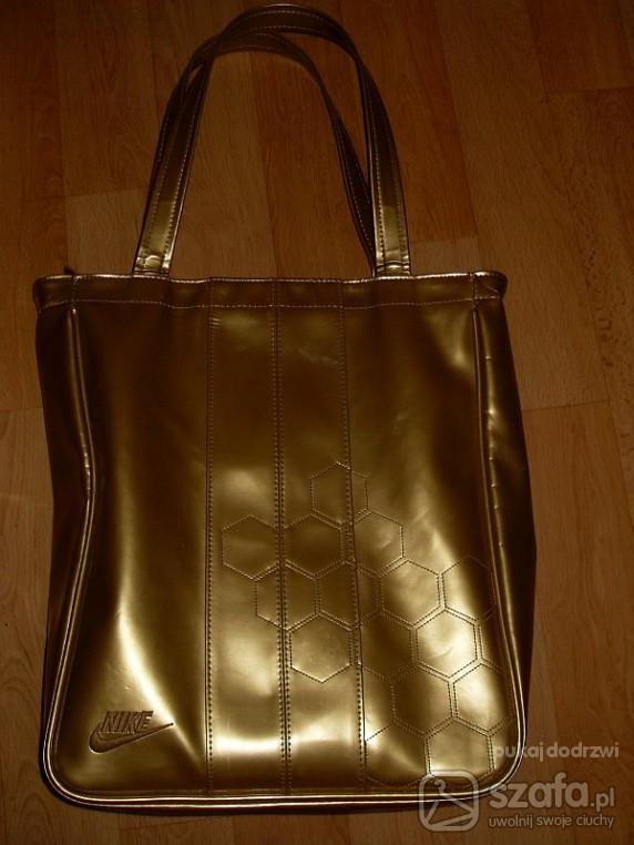 ciemno złota torba nike