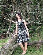 Sukieneczka z kokardą