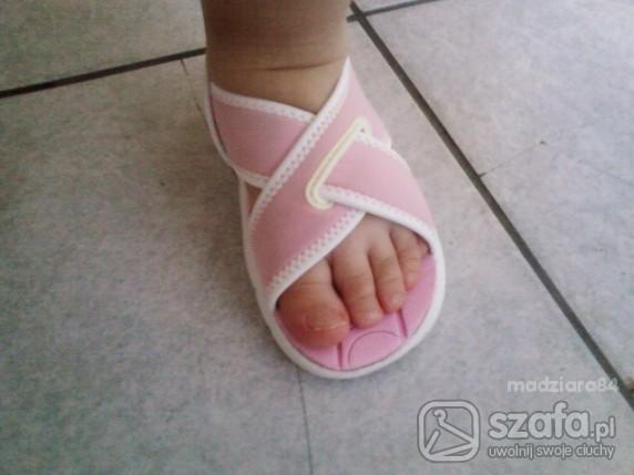 Sandały sandałki nike