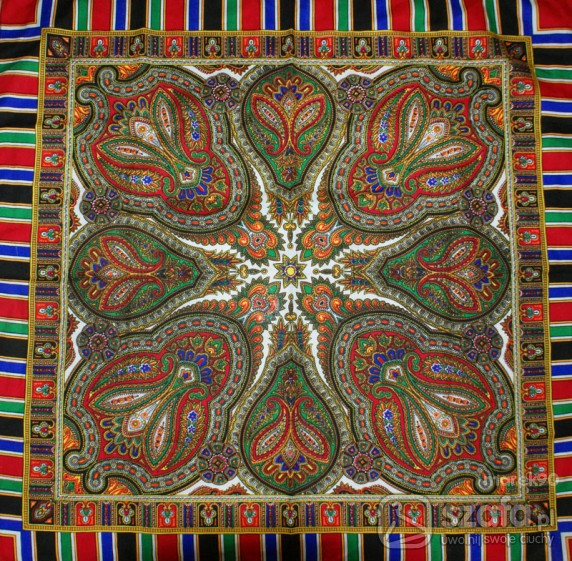 Chusty i apaszki Folk chusta