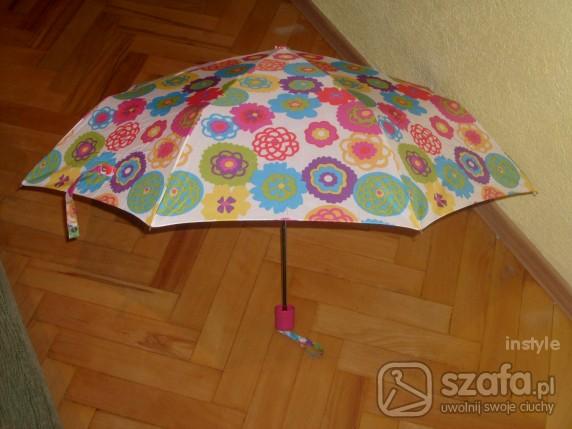 Pozostałe Śliczna parasolka Avon Flower by Cynthia Rowley