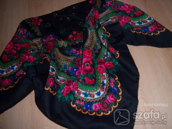 Chusty i apaszki chusta w folkowe wzory tylko 15zł