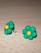Zielone kolczyki kwiatki z modeliny