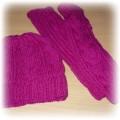 Czapka i rękawiczki malinowe